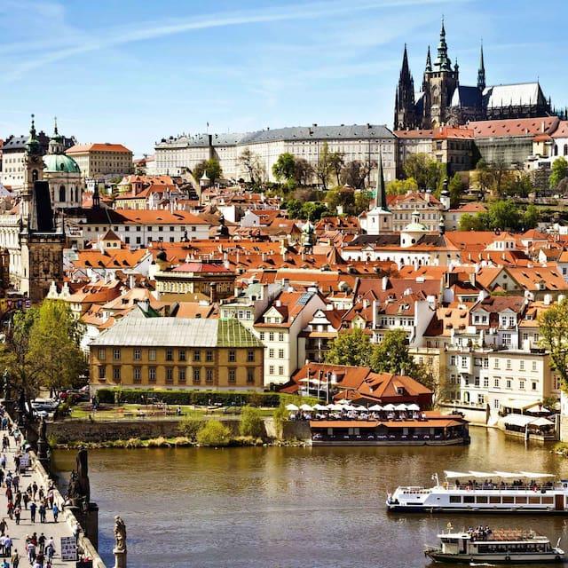 Guidebook for Prague