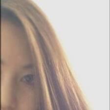 Tama felhasználói profilja