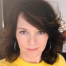 Mireille felhasználói profilja
