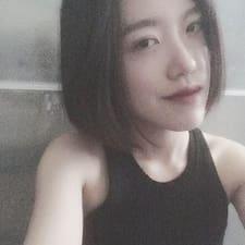 Henkilön Yijing käyttäjäprofiili
