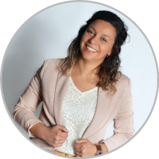 Learn more about Noelia