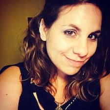 Profil Pengguna Julie Marie
