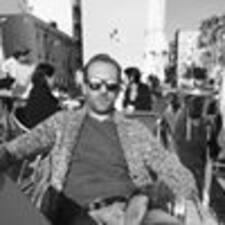 Damien felhasználói profilja