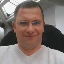 โพรไฟล์ผู้ใช้ Raphaël