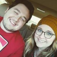 Emily And Trey Kullanıcı Profili