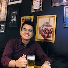 Profil Pengguna Luis Victor