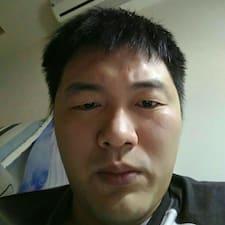 郁翔 User Profile