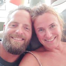 โพรไฟล์ผู้ใช้ Dorthe Og Henrik