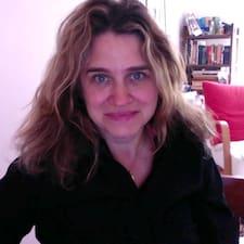 Jacqueline Mia User Profile