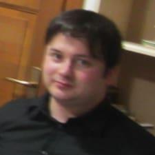 József felhasználói profilja