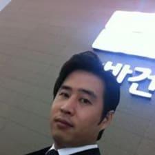 Sung Hwan Brugerprofil
