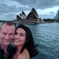 Brett & Lucy ist ein Superhost.