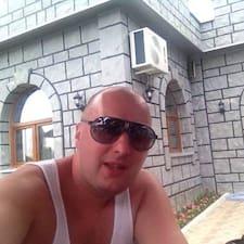 Jovanovic er ofurgestgjafi.