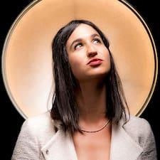 Henkilön Danielle käyttäjäprofiili