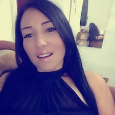Angélicaさんのプロフィール
