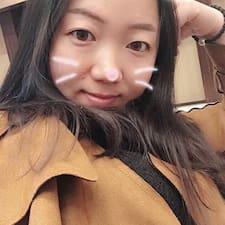 贺君 User Profile