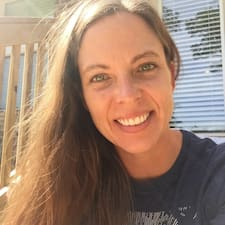 Кориснички профил на Danielle