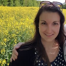 Profil korisnika Laura