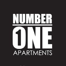 Number 1 Apartments is een SuperHost.