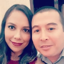 โพรไฟล์ผู้ใช้ Sara Y Jose Luis