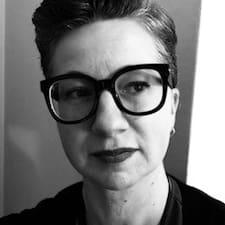 Pascale Simone Kullanıcı Profili