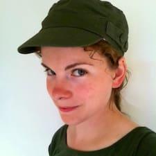 Profil Pengguna Rosalyn