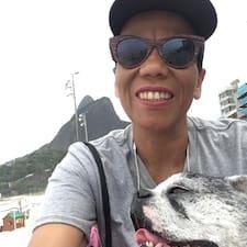 Tia Sandra User Profile