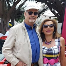 Profil korisnika Rick And Marie