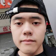 卓维 User Profile