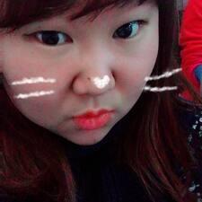 Profil Pengguna Jiyoung