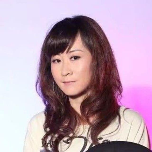 伟红 User Profile