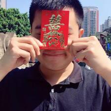诚 felhasználói profilja