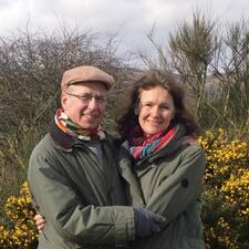 Profilo utente di Fiona & Julian