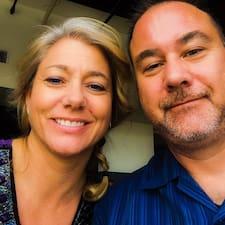 Scott And Paula é um superhost.