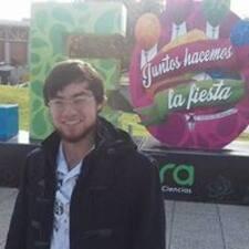 Profil Pengguna Adrián
