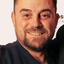 Julian Brukerprofil