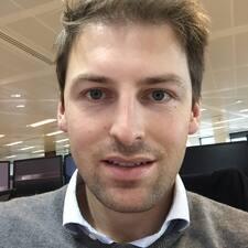 Profil Pengguna Charlie