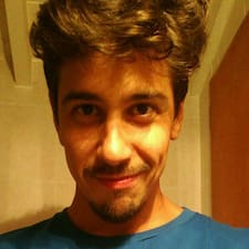 Santiago felhasználói profilja