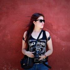 Claudia Yolanda User Profile