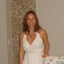 Cláudia Almeidaさんのプロフィール