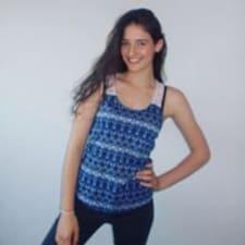 Profil Pengguna Olivia