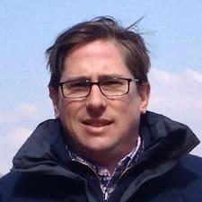 Michael Jean Brugerprofil