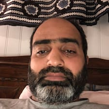 Mahmood felhasználói profilja