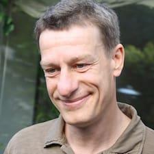 Profil Pengguna Morten