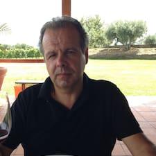 Paulo é um superhost.