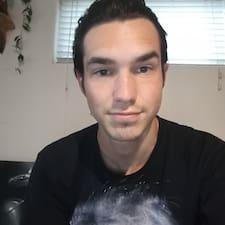 Keegan felhasználói profilja