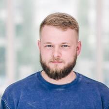 Роман Profile ng User