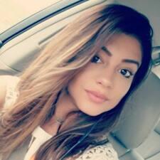 Daniella felhasználói profilja