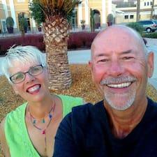 Scott And Dianne bir süper ev sahibi.