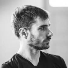 Profilo utente di Joshua N.